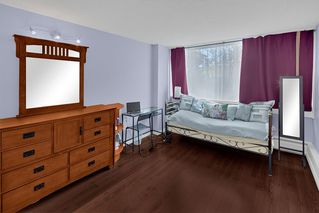 """Photo 11: 204 31 ELLIOT Street in New Westminster: Downtown NW Condo for sale in """"ROYAL ALBERT TOWERS"""" : MLS®# R2437165"""