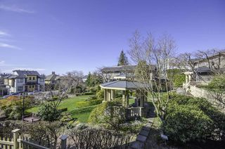 """Photo 3: 314 288 E 6TH Street in North Vancouver: Lower Lonsdale Condo for sale in """"McNair Park"""" : MLS®# R2445091"""