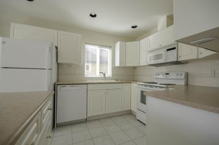 """Photo 6: 314 288 E 6TH Street in North Vancouver: Lower Lonsdale Condo for sale in """"McNair Park"""" : MLS®# R2445091"""