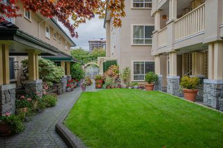 """Photo 16: 314 288 E 6TH Street in North Vancouver: Lower Lonsdale Condo for sale in """"McNair Park"""" : MLS®# R2445091"""