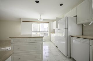 """Photo 8: 314 288 E 6TH Street in North Vancouver: Lower Lonsdale Condo for sale in """"McNair Park"""" : MLS®# R2445091"""