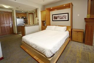 """Photo 4: 720 4320 SUNDIAL Crescent in Whistler: Whistler Village Condo for sale in """"PAN PACIFIC MOUNTAINSIDE"""" : MLS®# R2447615"""