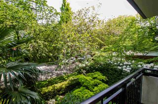"""Photo 11: 203 1534 HARWOOD Street in Vancouver: West End VW Condo for sale in """"ST. PIERRE"""" (Vancouver West)  : MLS®# R2456072"""