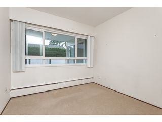 Photo 16: 102 1371 FOSTER STREET: White Rock Condo for sale (South Surrey White Rock)  : MLS®# R2430848