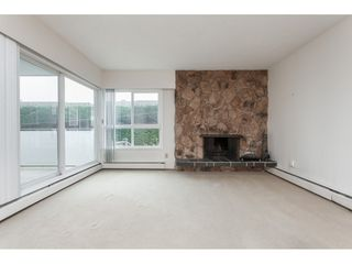 Photo 4: 102 1371 FOSTER STREET: White Rock Condo for sale (South Surrey White Rock)  : MLS®# R2430848