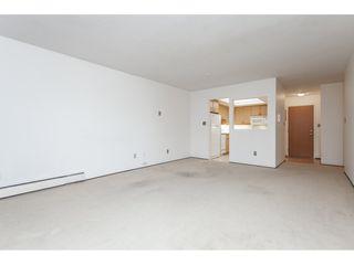 Photo 5: 102 1371 FOSTER STREET: White Rock Condo for sale (South Surrey White Rock)  : MLS®# R2430848