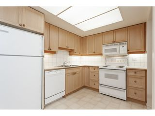 Photo 8: 102 1371 FOSTER STREET: White Rock Condo for sale (South Surrey White Rock)  : MLS®# R2430848