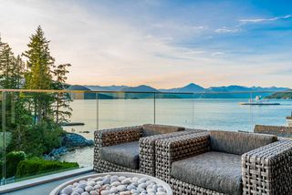 Photo 12: 6892 COPPER COVE Road in West Vancouver: Whytecliff House for sale : MLS®# R2496155