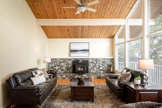 Photo 5: 2015 Pelly Pl in : OB Henderson House for sale (Oak Bay)  : MLS®# 856829
