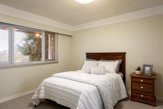 Photo 18: 2015 Pelly Pl in : OB Henderson House for sale (Oak Bay)  : MLS®# 856829