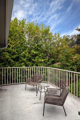 Photo 26: 2015 Pelly Pl in : OB Henderson House for sale (Oak Bay)  : MLS®# 856829