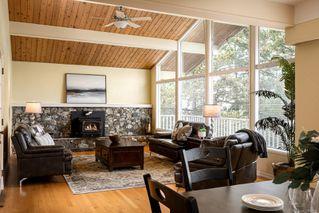 Photo 10: 2015 Pelly Pl in : OB Henderson House for sale (Oak Bay)  : MLS®# 856829