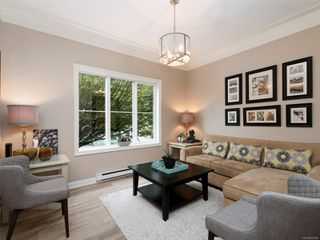 Photo 2: 2 341 Oswego St in : Vi James Bay Row/Townhouse for sale (Victoria)  : MLS®# 857804