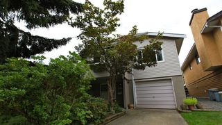 Photo 1: 6039 195A Street in Surrey: Cloverdale BC House for sale (Cloverdale)  : MLS®# F1221258