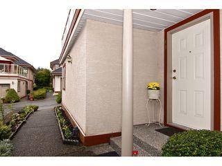 "Photo 3: 41 8855 212TH Street in Langley: Walnut Grove Townhouse for sale in ""Golden Ridge"" : MLS®# F1320345"