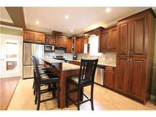 Photo 4: 8555 THORPE ST in Mission: Mission BC House for sale : MLS®# F1323075