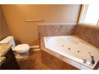 Photo 11: 8555 THORPE ST in Mission: Mission BC House for sale : MLS®# F1323075