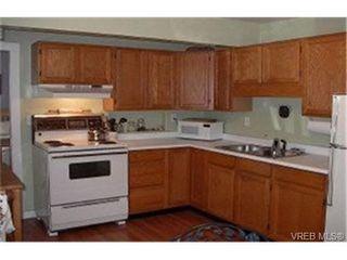 Photo 2: 2860 Peatt Rd in VICTORIA: La Langford Proper Single Family Detached for sale (Langford)  : MLS®# 341758