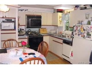 Photo 6: 22 1215 Craigflower Rd in VICTORIA: VR Glentana Manufactured Home for sale (View Royal)  : MLS®# 348195
