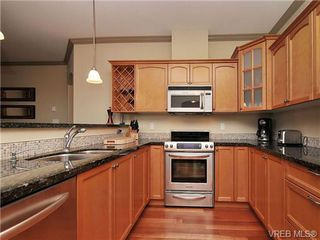 Photo 8: 210 1642 McKenzie Ave in VICTORIA: SE Lambrick Park Condo Apartment for sale (Saanich East)  : MLS®# 678037
