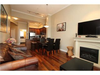 "Photo 4: 407 2627 SHAUGHNESSY Street in Port Coquitlam: Central Pt Coquitlam Condo for sale in ""VILLAGIO"" : MLS®# V1076806"