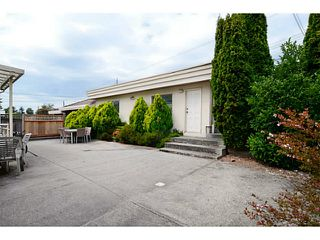 Photo 3: 2215 W 23RD Avenue in Vancouver: Arbutus House for sale (Vancouver West)  : MLS®# V1077262