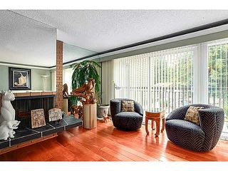 """Photo 5: 1163 HERITAGE Boulevard in North Vancouver: Seymour NV Townhouse for sale in """"HERITAGE IN THE WOODS"""" : MLS®# V1080748"""