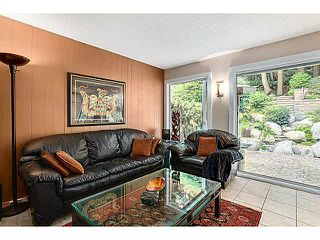 """Photo 10: 1163 HERITAGE Boulevard in North Vancouver: Seymour NV Townhouse for sale in """"HERITAGE IN THE WOODS"""" : MLS®# V1080748"""