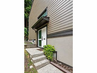 "Photo 3: 1163 HERITAGE Boulevard in North Vancouver: Seymour NV Townhouse for sale in ""HERITAGE IN THE WOODS"" : MLS®# V1080748"