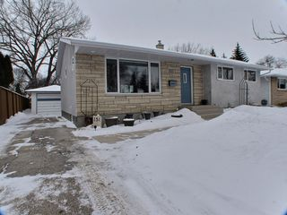 Photo 1: 151 Frasers Grove in : Fraser's Grove Residential for sale (North East Winnipeg)  : MLS®# 1503754
