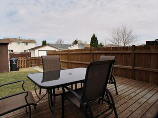 Photo 15: 24 Laurel leaf Lane in Winnipeg: Garden City Residential for sale (North West Winnipeg)  : MLS®# 1510404
