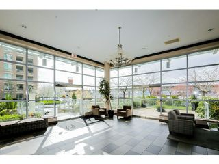 Photo 2: 212 125 Milross Ave in Vancouver: Mount Pleasant VE Condo for sale (Vancouver East)  : MLS®# v1111580