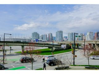 Photo 9: 212 125 Milross Ave in Vancouver: Mount Pleasant VE Condo for sale (Vancouver East)  : MLS®# v1111580