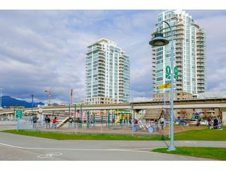 Photo 17: 212 125 Milross Ave in Vancouver: Mount Pleasant VE Condo for sale (Vancouver East)  : MLS®# v1111580