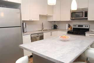 Photo 3: 209 518 THIRTEENTH STREET in New Westminster: Uptown NW Condo for sale : MLS®# R2051041