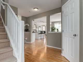 Photo 4: 87 Chapman Circle SE in Calgary: Chaparral House for sale : MLS®# C4064813