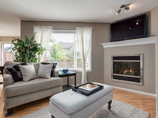 Photo 13: 87 Chapman Circle SE in Calgary: Chaparral House for sale : MLS®# C4064813