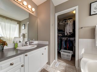 Photo 18: 87 Chapman Circle SE in Calgary: Chaparral House for sale : MLS®# C4064813