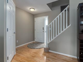 Photo 3: 87 Chapman Circle SE in Calgary: Chaparral House for sale : MLS®# C4064813