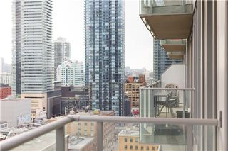 Photo 2: 126 Simcoe St Unit #1808 in Toronto: Waterfront Communities C1 Condo for sale (Toronto C01)  : MLS®# C3683165