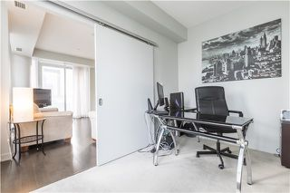 Photo 9: 126 Simcoe St Unit #1808 in Toronto: Waterfront Communities C1 Condo for sale (Toronto C01)  : MLS®# C3683165