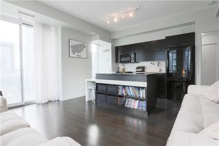 Photo 5: 126 Simcoe St Unit #1808 in Toronto: Waterfront Communities C1 Condo for sale (Toronto C01)  : MLS®# C3683165