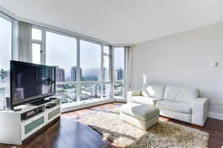 Photo 2: 904 140 E 14TH STREET in North Vancouver: Central Lonsdale Condo for sale : MLS®# R2270647