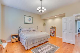 Photo 12: 2984 CHRISTINA PLACE in Coquitlam: Coquitlam East House for sale : MLS®# R2370247