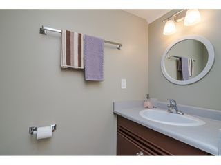 "Photo 12: 116 9507 208 Street in Langley: Walnut Grove Townhouse for sale in ""Yorkson Manor"" : MLS®# R2393330"