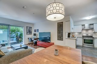 """Photo 14: 3170 PRINCE EDWARD Street in Vancouver: Mount Pleasant VE Townhouse for sale in """"SIXTEEN EAST"""" (Vancouver East)  : MLS®# R2404274"""