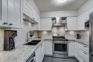 """Photo 11: 3170 PRINCE EDWARD Street in Vancouver: Mount Pleasant VE Townhouse for sale in """"SIXTEEN EAST"""" (Vancouver East)  : MLS®# R2404274"""