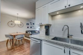 """Photo 15: 3170 PRINCE EDWARD Street in Vancouver: Mount Pleasant VE Townhouse for sale in """"SIXTEEN EAST"""" (Vancouver East)  : MLS®# R2404274"""