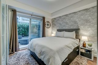 """Photo 5: 3170 PRINCE EDWARD Street in Vancouver: Mount Pleasant VE Townhouse for sale in """"SIXTEEN EAST"""" (Vancouver East)  : MLS®# R2404274"""