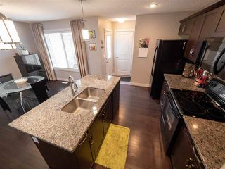 Photo 9: 704 176 ST SW in Edmonton: Zone 56 Attached Home for sale : MLS®# E4167890
